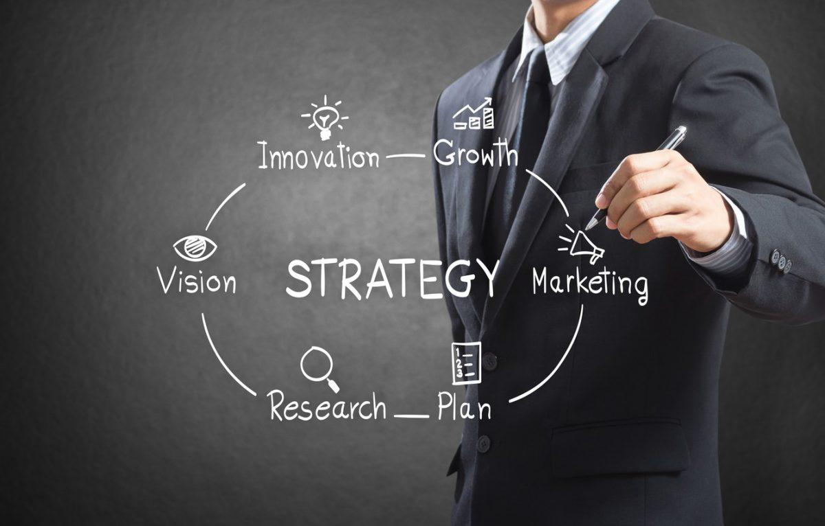 biznes-muzhchina-strategiya